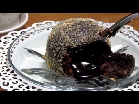 Video How to: No-bake Chocolate Molten Lava Cake.