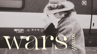 Kadr z teledysku Wars tekst piosenki Sanah