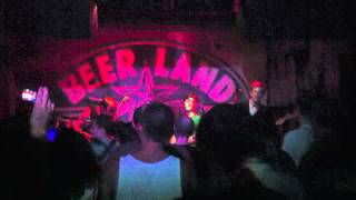 Divine Fits - Shivers (Nick Cave cover) (Live At Beerland, Austin, TX 8/1/12)