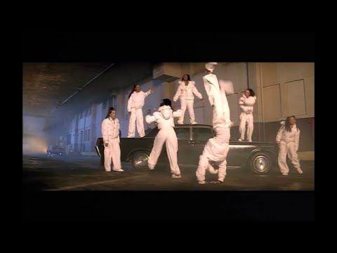 Missy Elliott - I'm Really Hot [Video]