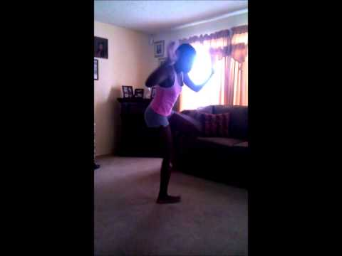 12 Year-Old Black Girl Dancing To Dubstep HD