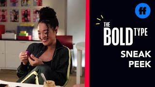 Sneak Peek 1 season 04 episode 04 : Kat Fights Sexism In Ads (VO)