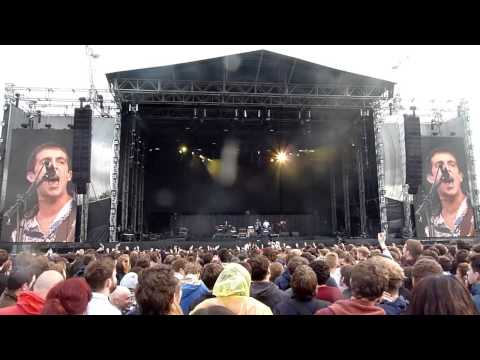 Miles Kane - Better Than That [Live at Finsbury Park, London - 24-05-2014]