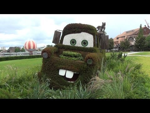 Lightning McQueen And Mater Topiary Preview Of Car Masters Weekend, Disney Pixar CARS