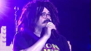 """Counting Crows Live - Adam telling the story behind """"Miami"""""""