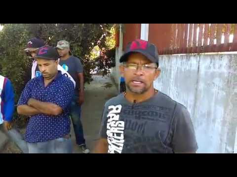 HUELGA IMPIDE PASO POR CARRETERA NAVARRETE-LA ATRAVESADA, QUEJOSOS RECLAMAN EL ASFALTADO DE LA VIA.