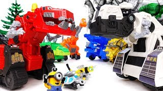 D-structs Is Bullying Everybody~! Go Dinotrux, Let's Teach Him A Lesson - ToyMart TV