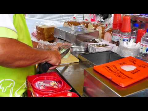Video How To Make Ice Cream Sandwich At Orchard Road, Singapore. 面包冰淇淋