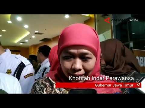 Khofifah diminta Fuad Amin bimbing Bupati Bangkalan