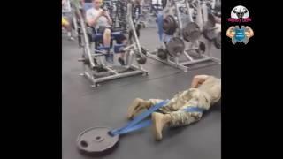 Смотреть онлайн Упражнения в спортзале для выносливых мужчин
