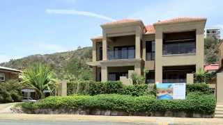 Nobbys Beachfront Villa