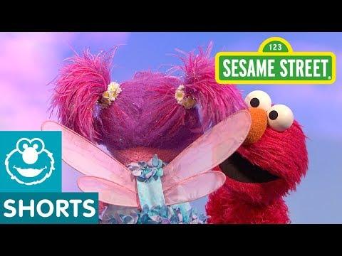 Sesame Street: Elmo and Abby Teach Open and Close