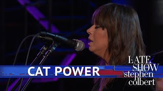Cat Power Performs 'Woman'