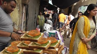 Mahadev Sandwich Corner   Price  Starts @ 25 rs   Street Food Varanasi