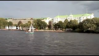 preview picture of video 'Hamburg: Alster, Kanäle, Stadtparksee'