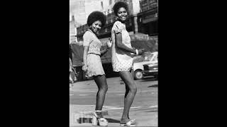 The Clickettes - Vangie Don't You Cry