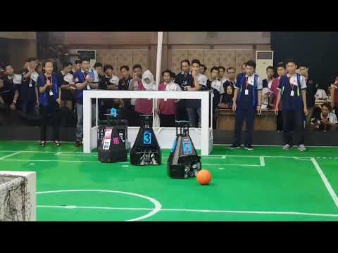 Soccer Robot Middle Size Indonesia Open 2018/KRSBI Regional 3 - UNISSULA (2) Vs (4) UKSW