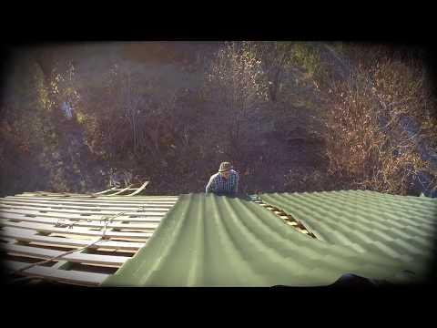 Монтаж металлочерепицы на двускатной крыши