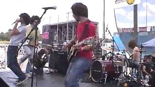 Trophy Scars - Designed LIke Dice (Live at Warped Tour 2004)