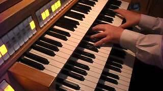 Utwór w autorskiej transkrypcji na organy solo. Gra Arkadiusz Popławski na instrumencie cyfrowym Gloria Klassik 350