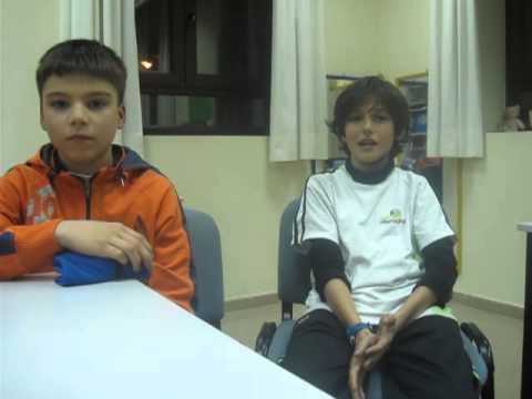 Watch videoSíndrome de Down: Mensajes de los hermanos a los abuelos