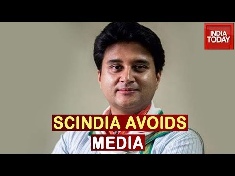 'No Comments': Jyotiraditya Scindia Refuses To Talk To Media After Tendering His Resignation