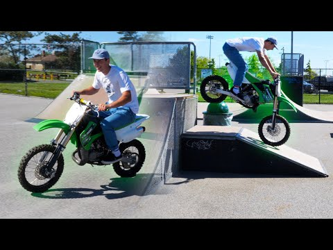 I BROUGHT MY DIRTBIKE TO THE SKATEPARK! (KX85)