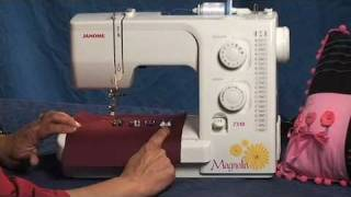 Janome Magnolia 7318 Beginner Sewing Machine