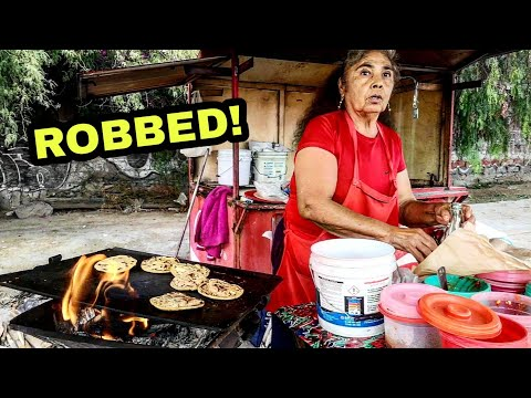 Tipping $100 Dollars To Mexican STREET FOOD VENDOR Who Got ROBBED