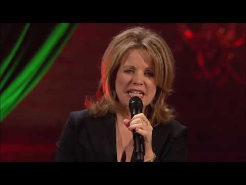 """Renee Fleming and Rufus Wainwright perform """"The Scarlet Tide"""""""