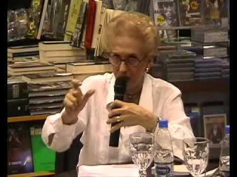 CAFÉ LITERÁRIO - O Estrangeiro de Albert Camus