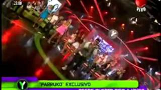 FARRUKO   HOY Y HOLA BEBA ( EN VIVO @YINGO CHILE 2011 ).mp4