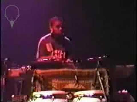 DJ Kid.W.I.K. Solo with Ozomatli @ Brixton Academy 1998
