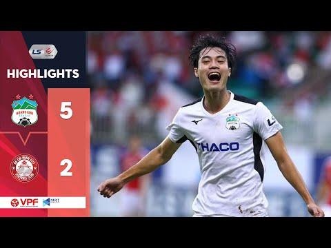 Highlights   HAGL - CLB TP. HCM   Bùng nổ bàn thắng ngày phố Núi vào Top 8