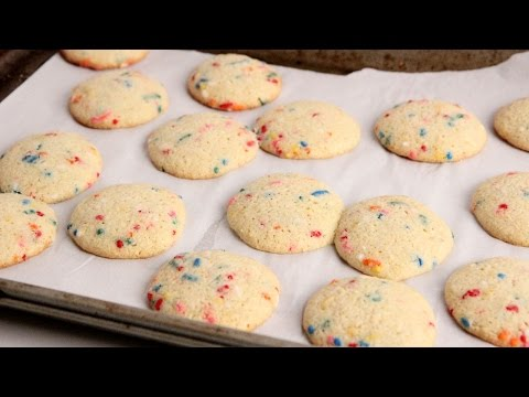 Cake Mix Confetti Cookies – Laura Vitale – Laura in the Kitchen Episode 1014