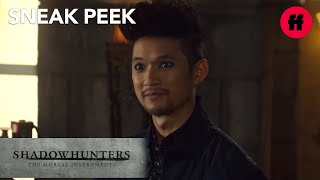 Shadowhunters | Season 3, Episode 3 Sneak Peek: Magnus' Offer | Freeform