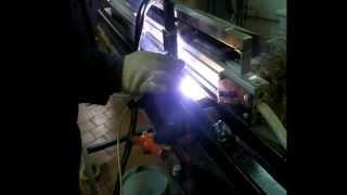 Приспособление для сборки продольных стыков обечаек малого диаметра