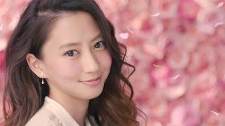 河北麻友子、CMで幸せオーラ全開のほほ笑みもメークブランドの新イメージモデルに#MayukoKawakita#GlowFleurCheeks