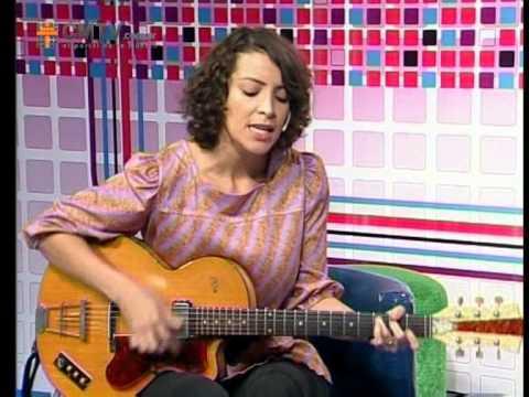 Gaby Moreno video Ave que emigra - Acústico | Argentina | Mayo 2013