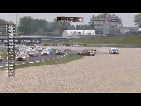WTCR Race of Slovakia 2019 - Race 1. The All Inkl boys get roughed up