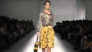 SimpleFashion.ru Показ Moschino на неделе моды в Милане S/S 2012