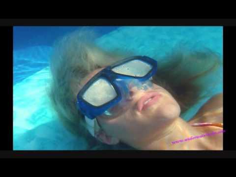 Underwater breath holding torture video (17) -- 3 x 2'45min