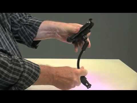 Callstel Kfz-Halterung mit USB-Ladefunktion für Smartphones