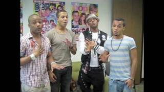"JLS sing ""Everybody In Love"" at BOP & Tiger Beat!"