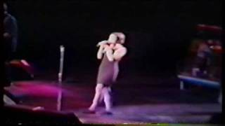 10,000 Maniacs - What's The Matter Here? (1993) Madison Square Garden