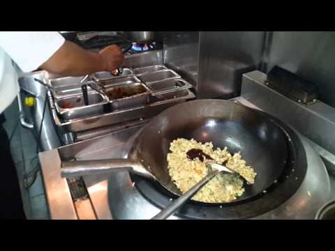 Video Nasi Goreng in 5 star hotel in Bali