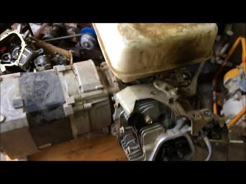 Как снять генератор и залить масло в электростанцию!Ремонт двигателя Хонда GX390