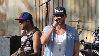 How She Rolls- Chase Rice