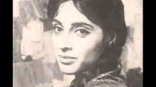 Φλέρυ Νταντωνάκη - Widow with Shawl (Donovan)