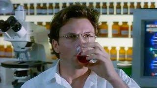 【穷电影】男子发明了一种药剂,服下后能变成女人,因太漂亮反而被同事爱上